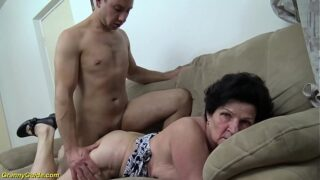 x porno de abuela teniendo sexo con jovencito